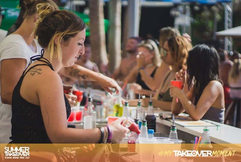 bar jobs abroad